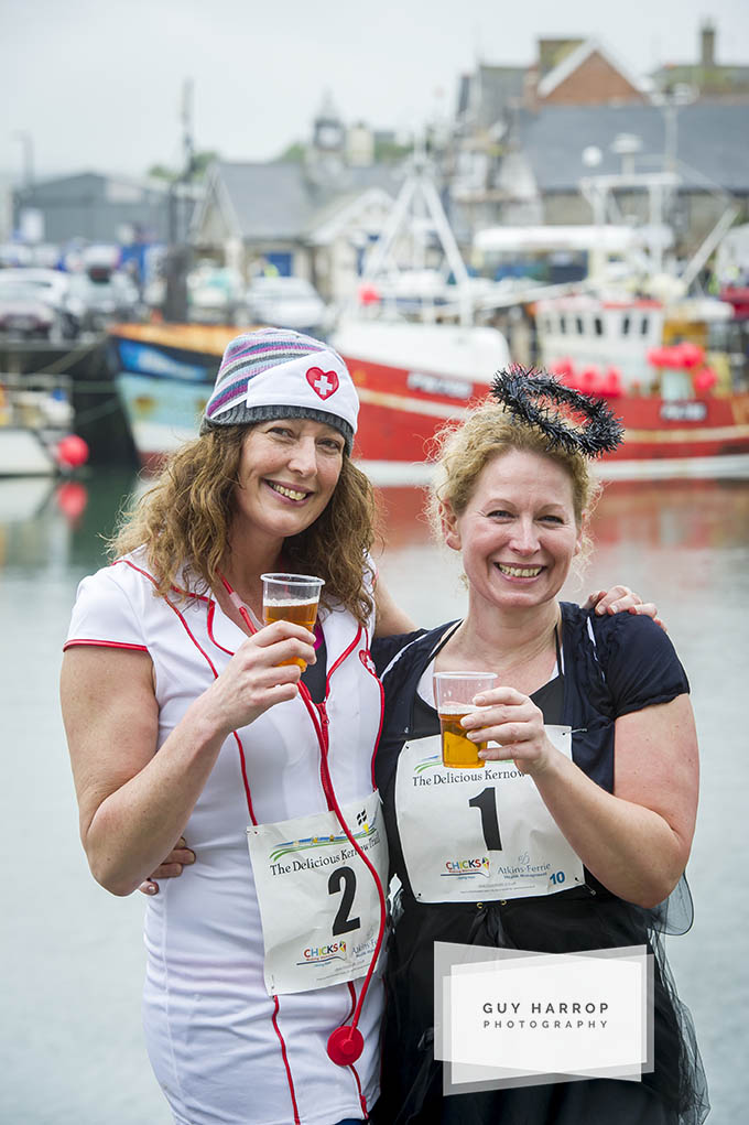 Photo by Guy Harrop. Pic of Delicious Kernow Trail run in and around North Cornwall, where runners get to sample the best local food and drink in the Southwest at regular stops along the route. image copyright guy harrop info@guyharrop.com 07866 464282